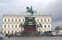 Кто архитектор 4-го дома на Исаакиевской площади?
