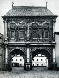 Кто из зодчих 17 века принимал участие в постройке Крутицкого теремка?