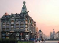 Кто архитектор дома компании «Зингер» (Дом Книги) в Санкт-Петербурге?