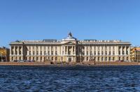Кто архитектор здания Императорская Академия художеств?