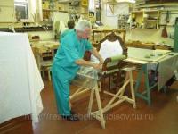 Обивка современной и старинной мебели