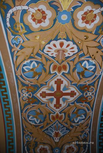 Фрагмент орнаментов в арках Спасо-преображенского собора.