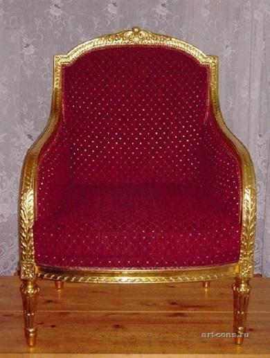 Обивка кресла по старинной технологии с наполнителем морская трава и конский волос.