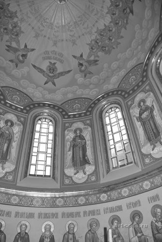 Фрагмент росписи в куполе и барабане Спасо-Преображенского собора Николо-Угрешского м-ря. В куполе и барабане.