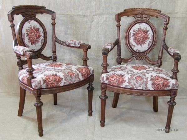 Стулья. Реставрация мебели в Краснодаре. После реставрации