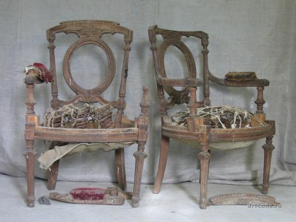 Стулья. Реставрация мебели в Краснодаре. До реставрации