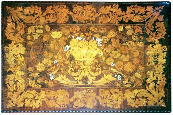 Стол инкрустированный, после реставрации