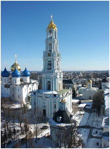 Кто архитектор колокольни Троице-Сергиевой лавры?
