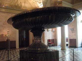 «Царица ваз» в Эрмитаже