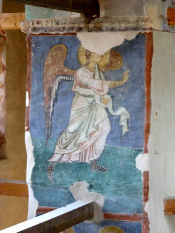 Откуда этот фрагмент  новгородской живописи «Благовещение. Архангел Гавриил» первой половины 12 в.?