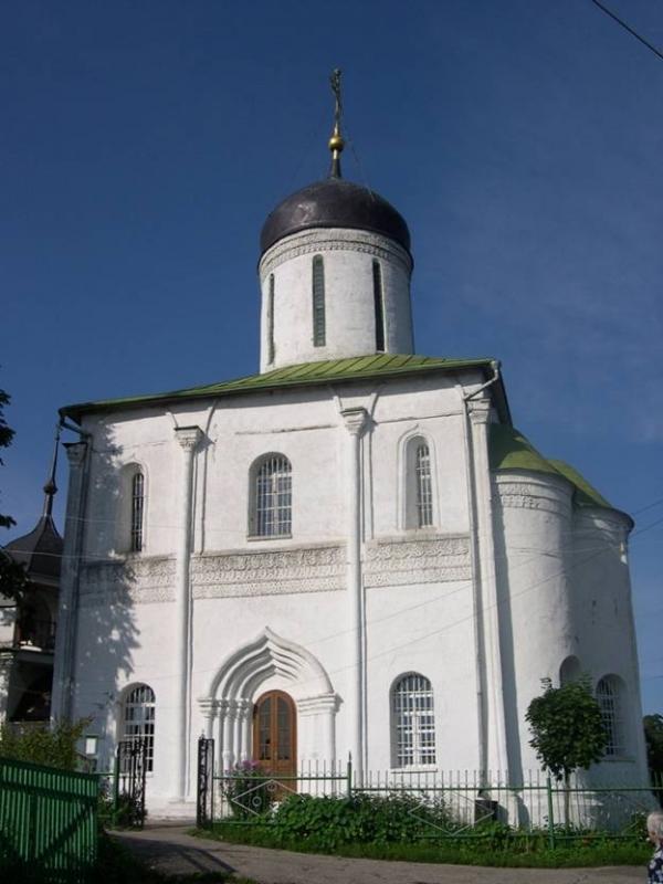 Как называется сей памятник московского зодчества 15 века?