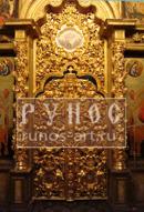 Реставрация колонн и сени царских врат в монастыре Тихвина